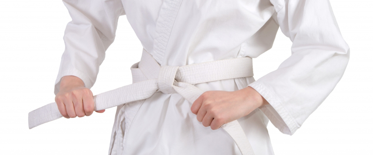 tying-karate-belt
